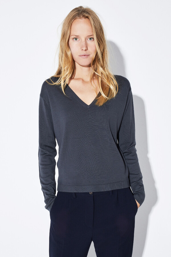 MERINO V-NECK PULLOVER GREY