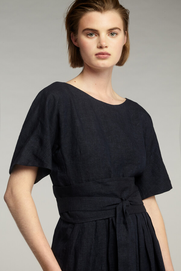 LINEN DELAVE PLEATED DRESS MIDNIGHT BLUE