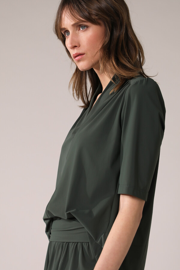 SHORT SLEEVE TOP GREEN