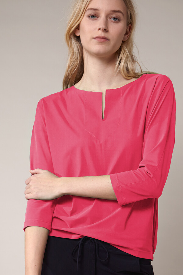 SPLIT NECK LOOSE TOP RASPBERRY