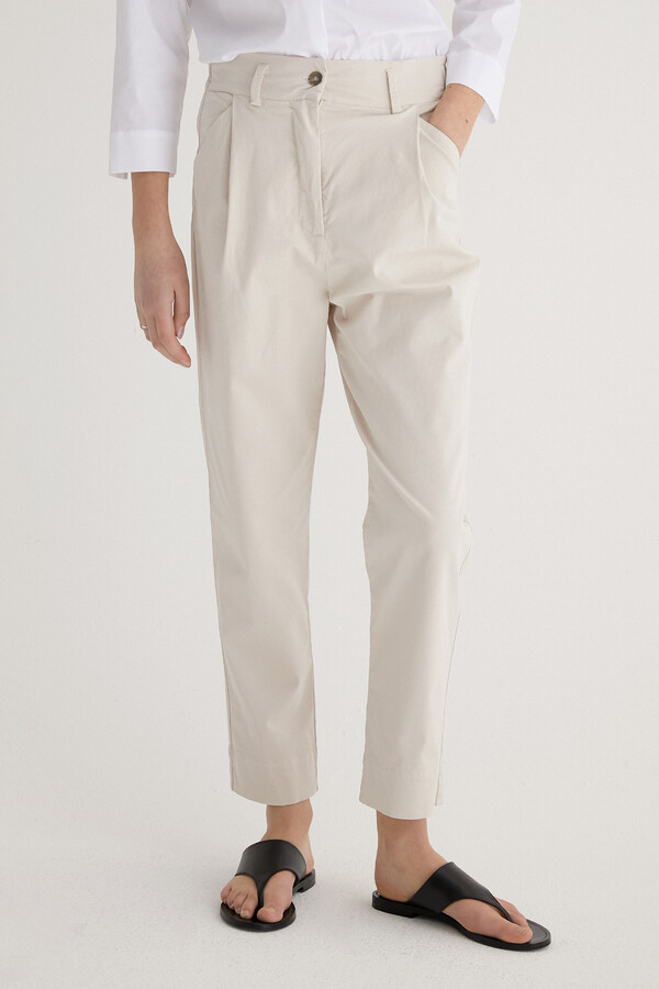 CASUAL TAPERED PANTS PORCELAIN