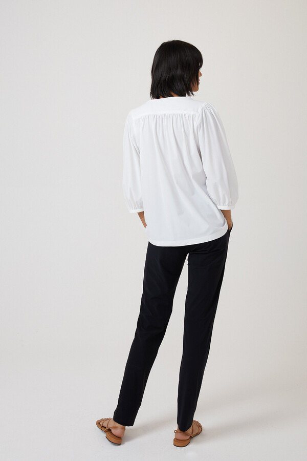 GATHERED TOP OFF WHITE