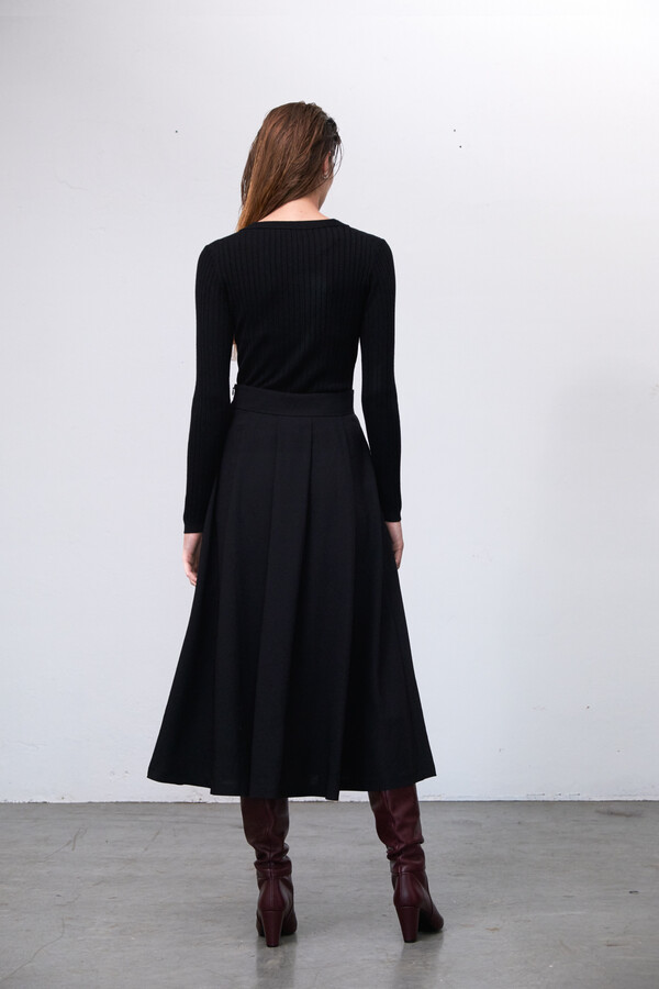 CREPE MAYFAIR SKIRT BLACK